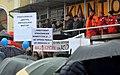 02016 0591 Ein Plakat bei einer KOD-Kundgebung. Die Verhöhnung von Crash-Unfall des polnischen Präsidenten Andrzej Duda nach der Explosion des Reifens auf der Autobahn A4 2016-03-12 13-25-58.JPG