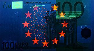 100 euro note - Obverse
