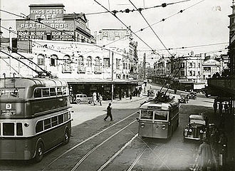 Trolleybuses in Sydney - Two trolleybuses in Kings Cross in 1934