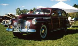 1941 Buick Special Estate Wagon.jpg