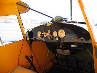 Piper PA-15 Vagabond - PA-17 interior