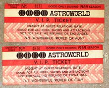Six Flags AstroWorld - Wikipedia