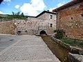1 Alcantarilla de la Fuente. Castil de Lences-BU (2).jpg