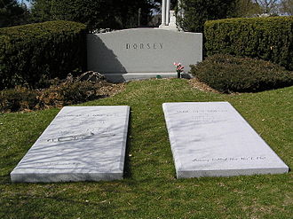 Tommy Dorsey - The grave of Tommy and Jane Dorsey in Kensico Cemetery