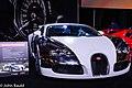2008 Bugatti Veyron (33221618228).jpg