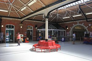 Felixstowe railway station - Inside the circulating area