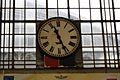 8189 Dworzec Główny - zegar główny przed odnowieniem. Foto Barbara Maliszewska.jpg