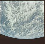 AS16-118-18868 (21674562846).jpg