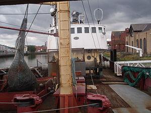 Aa trawler view deck fore.jpg