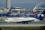 AeroMexico N858AM at LAX arriving from GDL (23843164433).jpg