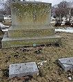 Albert Blake Dick's Grave at Rosehill Cemetery, Chicago.jpg