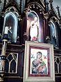 Altar lateral da Igreja Matriz de Trindade.jpg