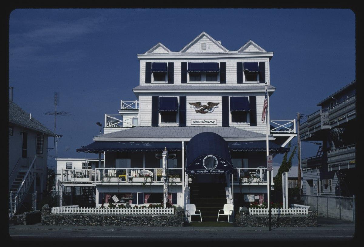 Surf Hotel Hampton Beach, NH | celder88 | Flickr