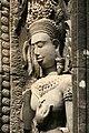 Angkor-Thommanon-24-Devata-2007-gje.jpg