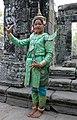 Angkor Thom-Bayon-96-Schauspielerin-2007-gje.jpg