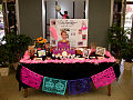 Anna Nicole Smith Finished Ofrenda (1804379603).jpg