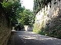 Antico camminamento interno alla cinta muraria di Castelvecchio.jpg