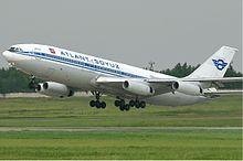 Ilyushin Il-86 dell'Atlant-Soyuz Airlines nella storica livrea.