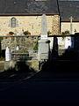 Aubigné (35) Monument aux morts.JPG