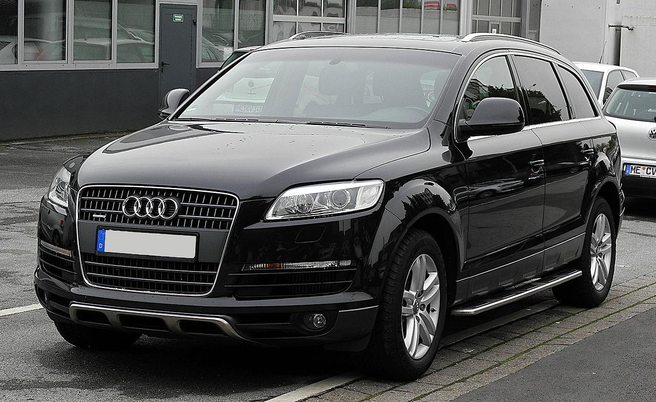 File:Audi Q7 – Frontansicht, 26. Juni 2011, Mettmann.jpg ...