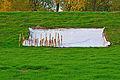 Aufbau von Faschinen im Deichbau 01.jpg