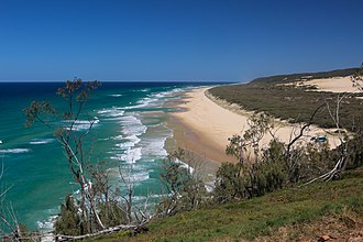 Indian Head (Fraser Island) - View south from headland