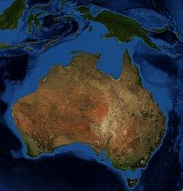 Het vasteland van Australië en het continentaal plat (lichtblauw) dat zich uitstrekt tot de eilanden Nieuw-Guinea in het noorden, Timor in het noordwesten en Tasmanië in het zuiden.