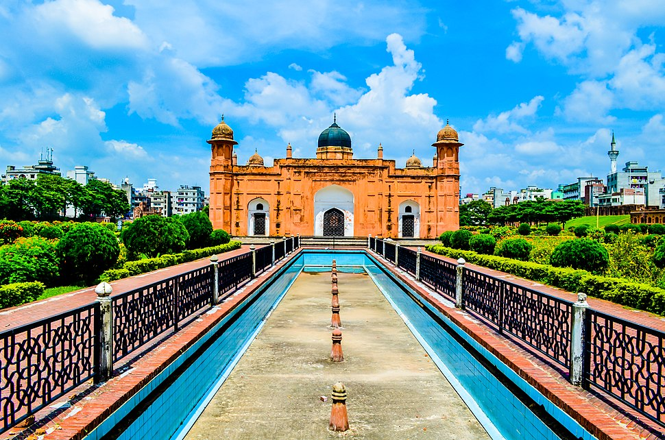 Awesome look of Lalbagh Fort