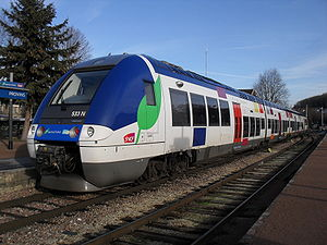 Electro-diesel locomotive - SNCF B82500 electro-diesel multiple unit at Provins