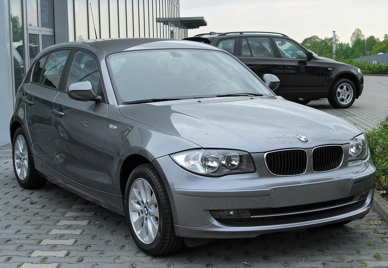File:BMW 1er Facelift front 20100430.jpg - Wikimedia Commons