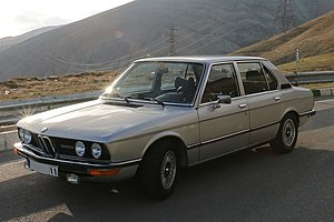 BMW E12, Front View.jpg