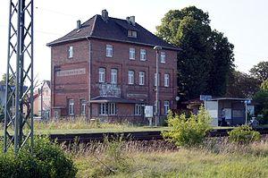 Sangerhausen–Erfurt railway - Stotternheim station