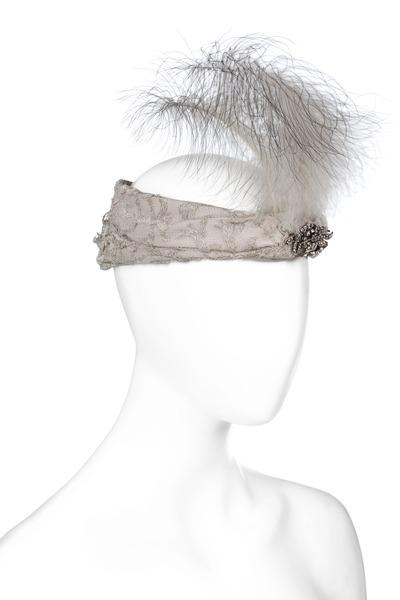File:Bandå, hårprydnad. Foto till boken: Ett sekel av dräkt och mode ur de Hallwylska samlingarna - Hallwylska museet - 90101.tif