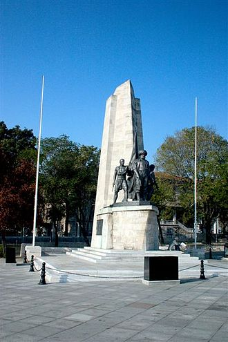 Beşiktaş - Memorial to Barbarossa Hayreddin Pasha.