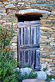 Barrettali porte d'une ruine à Petricaggio.jpg