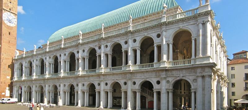Basilica Palladiana, daytime, 2013