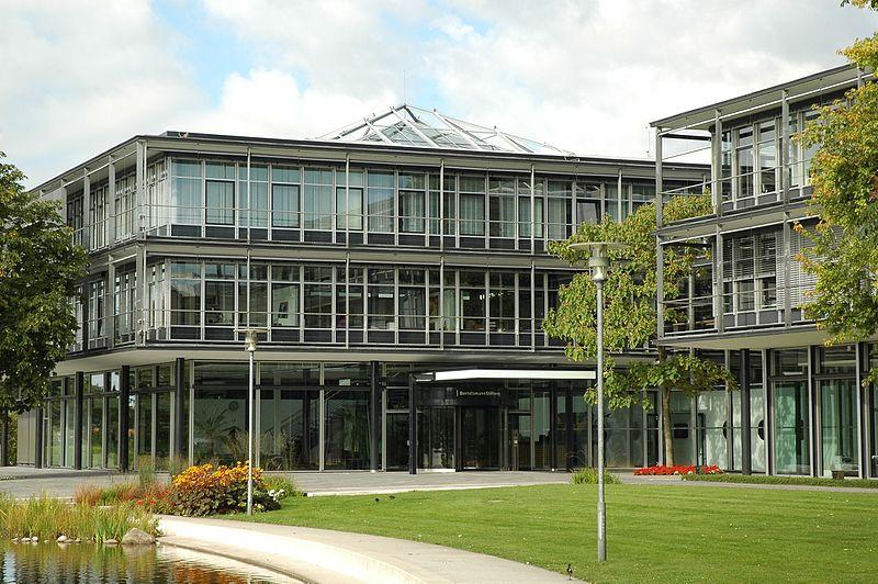 File:Bertelsmann Stiftung 2007-01.jpg