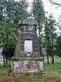 Berthelsdorf-Kriegerdenkmal.jpg