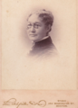 Bespectacled woman by Litchfield and Dow of 352 Washington Street in Boston.png
