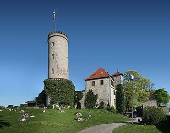 Castillo de Sparrenburg desde su flanco oeste