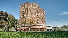 Biblioteca centra UNAM.jpg