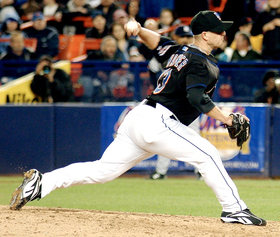 Billy Wagner Pitching crop