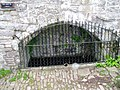 Bishop Gower's Well - geograph.org.uk - 159612.jpg