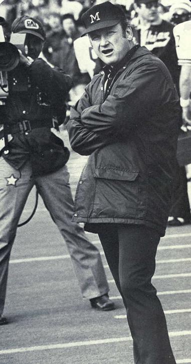 Bo Schembechler (1975)