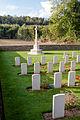 Bois-de-Noulette British Cemetery 17.jpg