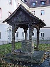 http://upload.wikimedia.org/wikipedia/commons/thumb/f/f2/Brunnen_Kloster_Wald.JPG/170px-Brunnen_Kloster_Wald.JPG