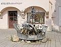 Brunnen in A-2120 Wolkersdorf im Weinviertel.jpg