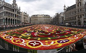 English: Floral carpet on the Grand Place in B...