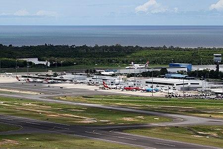 Lapangan Terbang Antarabangsa Cairns