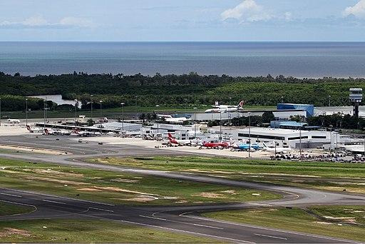 Cairns airport overview Breidenstein